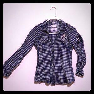 Buckle Roar checkered blue white button shirt top